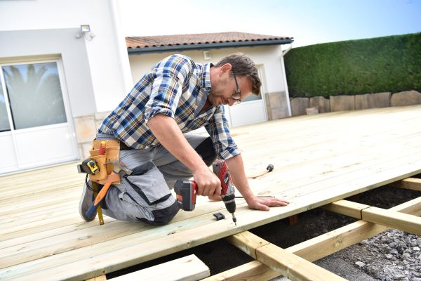 Reasons to Consider Building a Deck or Patio This Spring
