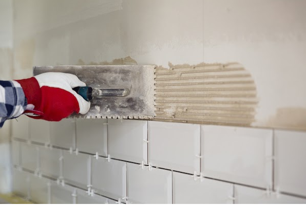 4 Tips for Hiring a Qualified Handyman to Install Your Tile